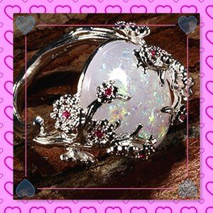 Vintage Sterling Silver Natural White Fire Opal